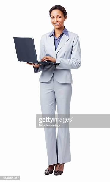 Femme travaillant sur un ordinateur portable sur fond blanc-isolé