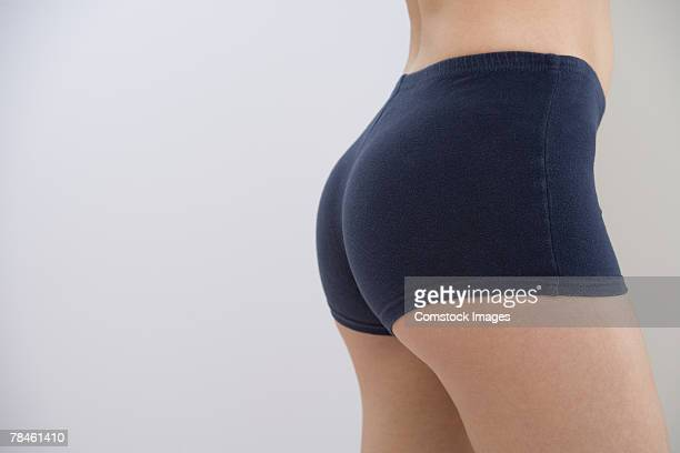 woman's buttocks - fessier femme photos et images de collection