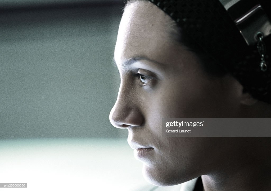 Woman's face, side view, close-up : Stockfoto
