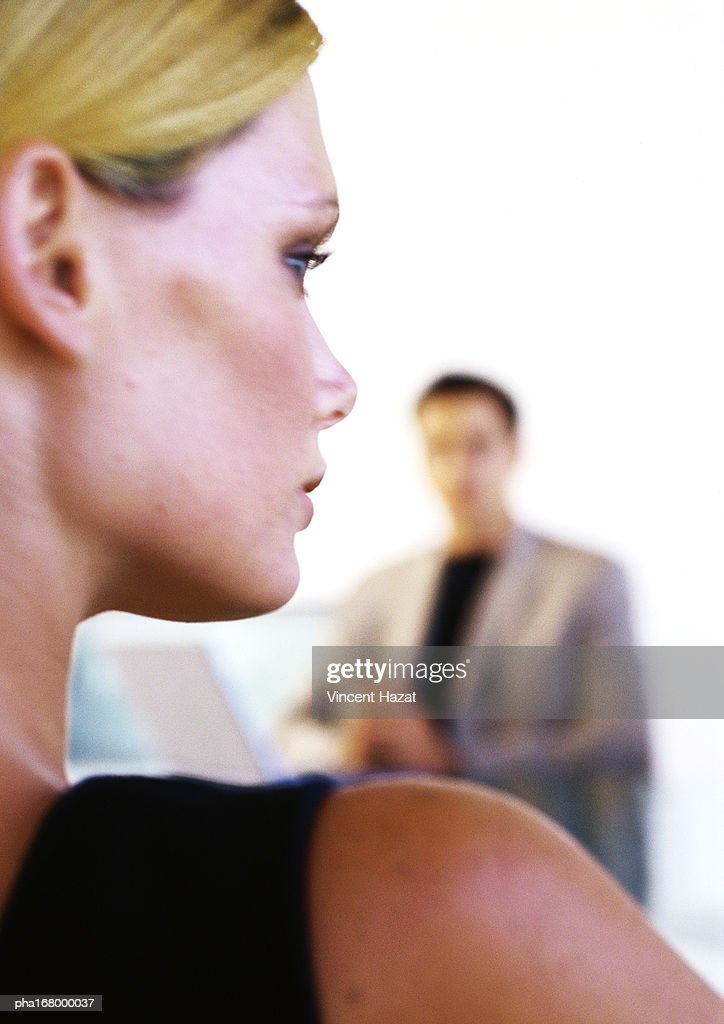 Woman's head and shoulder, rear view, close-up : Stockfoto