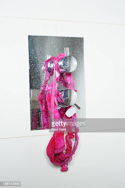 woman's knickers hanging up in shower - knickers fotografías e imágenes de stock