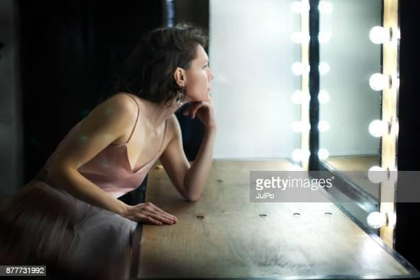 frau-porträt - actor stock-fotos und bilder