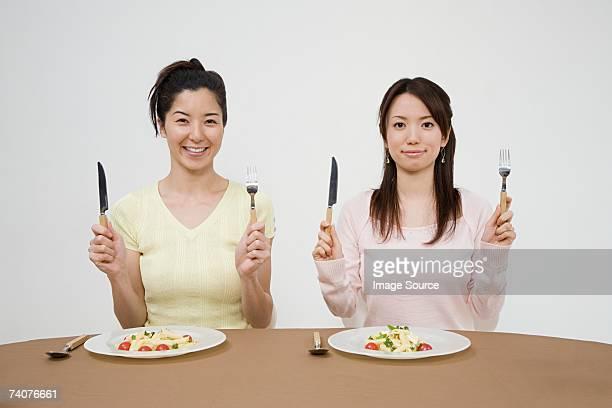 女性へのお食事について
