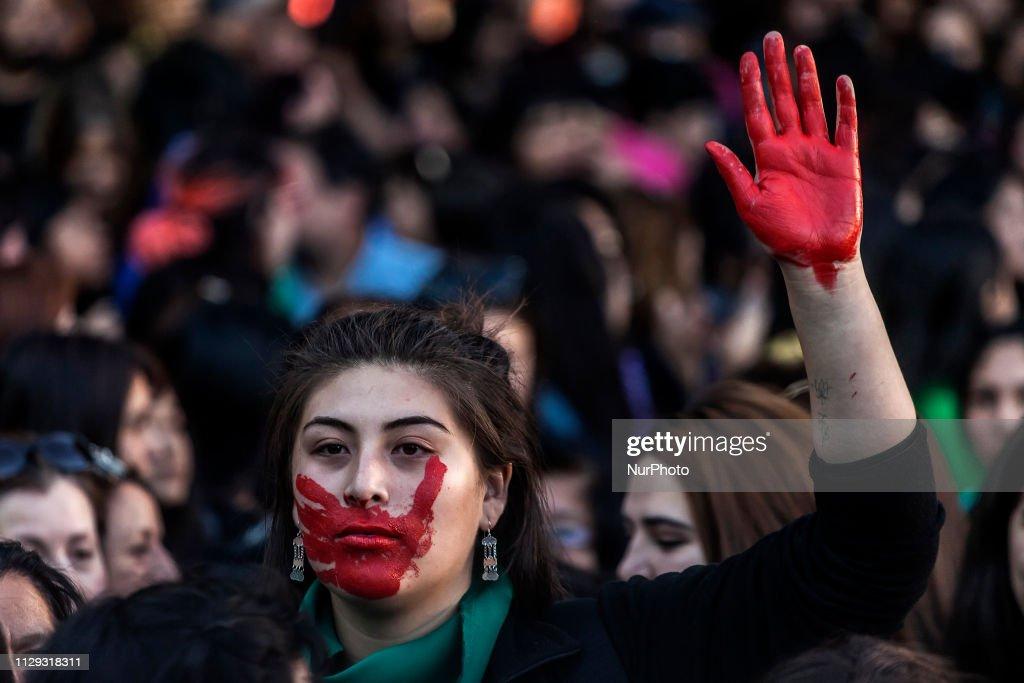 International Women's Strike In Chile : News Photo