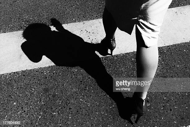 CONTENT] Women and his shadow