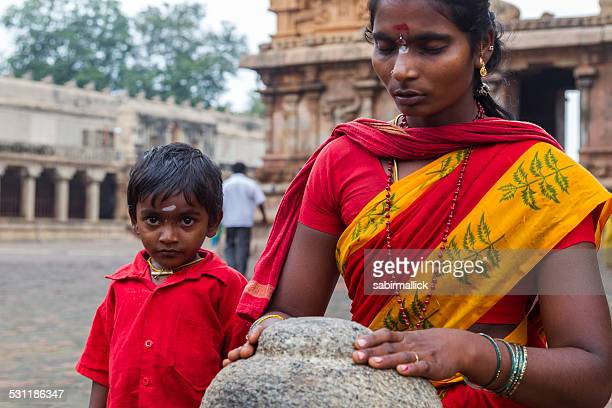 Women and Kid at Thanjavur, India