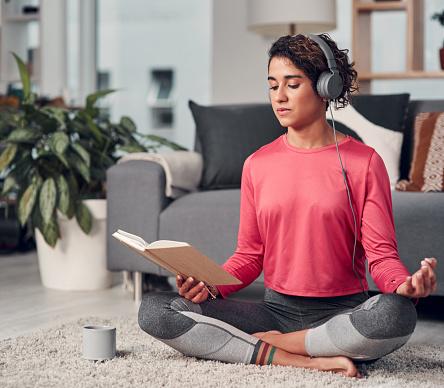 Women are great at multitasking 1164896959