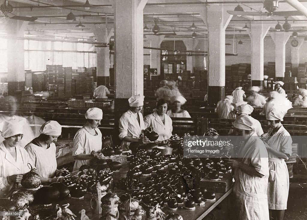 Chocolate Easter eggs, Rowntree factory, York, Yorkshire, 1930. : News Photo