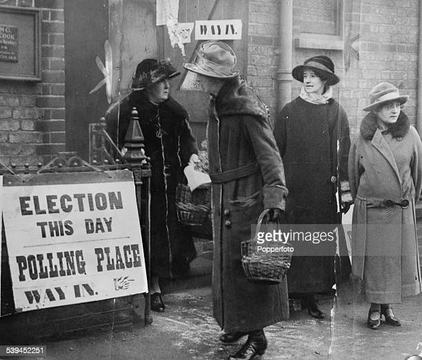 Women at a polling station in Thornton Heath, London, during the General Election, 6th December 1923.