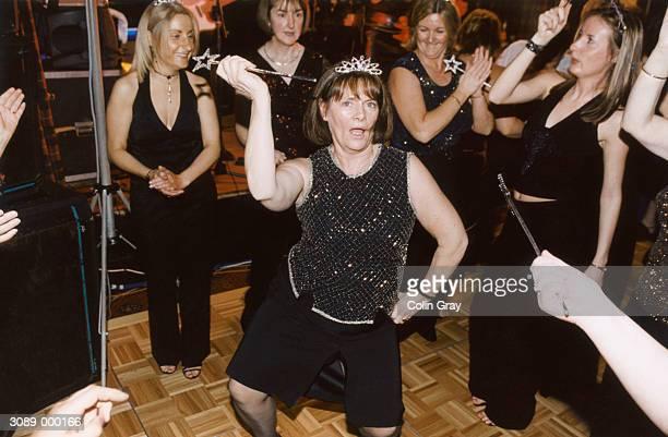 women at bachelorette party - addio al nubilato foto e immagini stock
