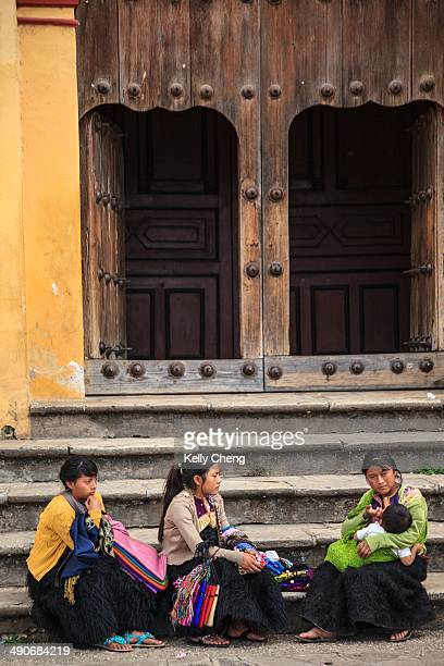 Women at San Cristobal de las Casas