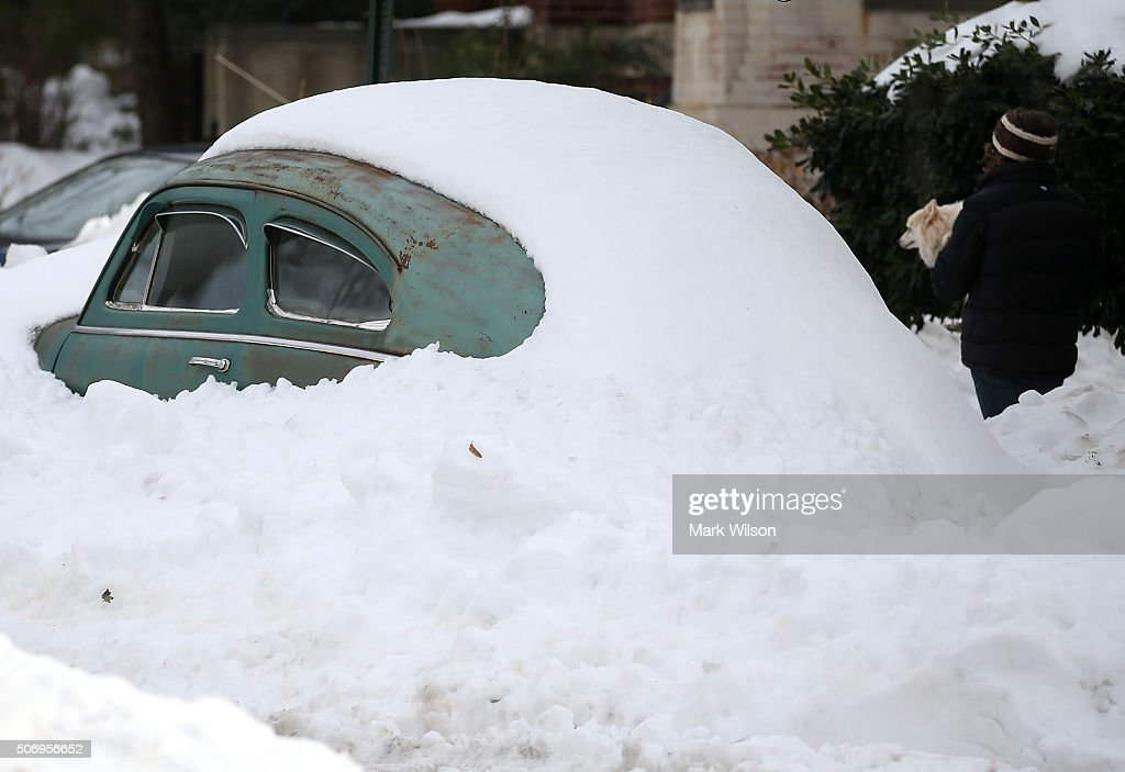 Washington, D.C. Area Continues To Dig Out From Historic Snow Storm : News Photo