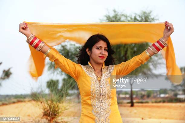 women flying scarf in desert - dupatta stock pictures, royalty-free photos & images