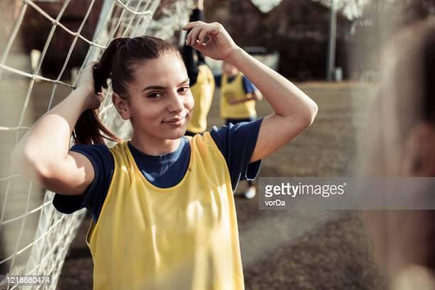 clube de futebol feminino - club football - fotografias e filmes do acervo