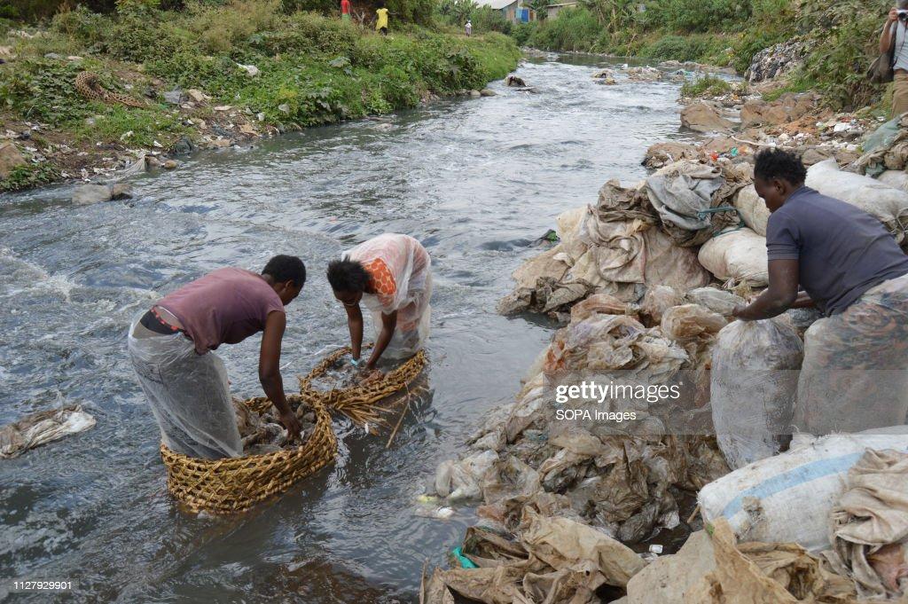 Women from sprawling slums of Dandora are seen washing... : News Photo