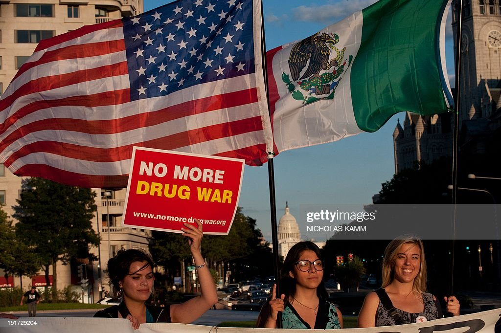 US-MEXICO-CRIME-DRUGS-PROTESST : News Photo