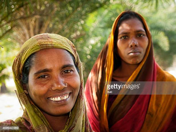 women in bangladesh - bangladeshi woman stock photos and pictures