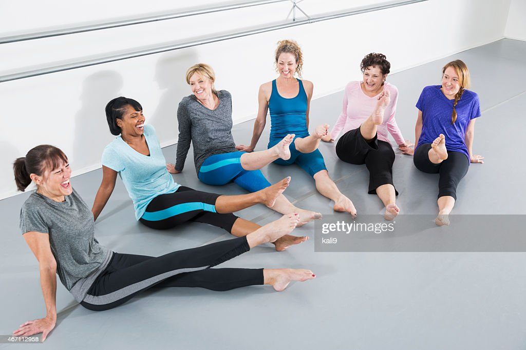 Women in exercise class : Stock Photo