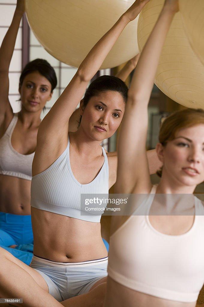 Women in exercise class : Stockfoto