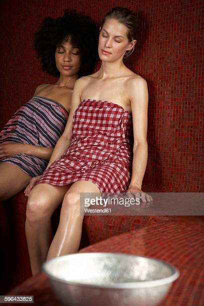 women in hamam - black woman in sauna stock pictures, royalty-free photos & images