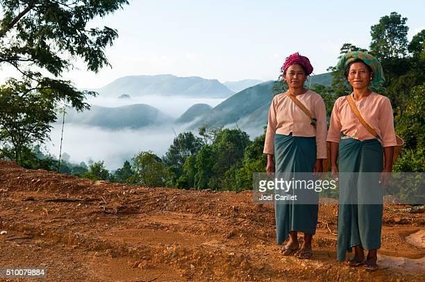 女性の田舎にミャンマー