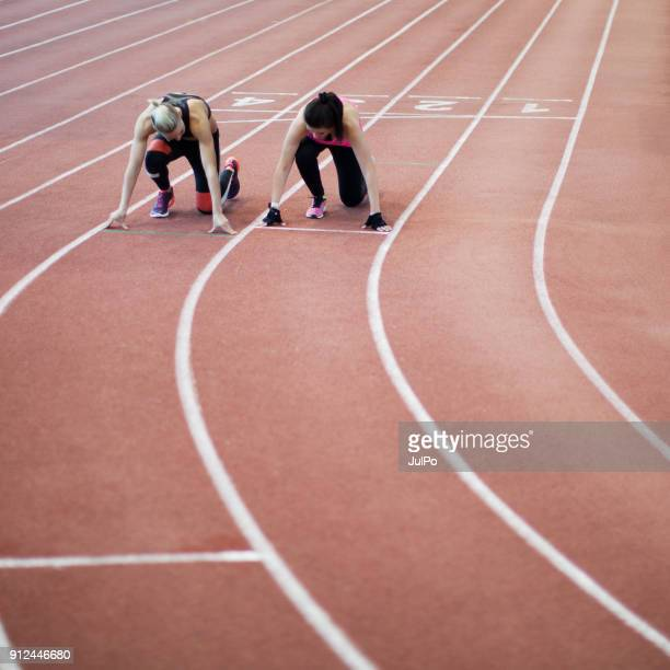 women in sport - womens track stock photos and pictures