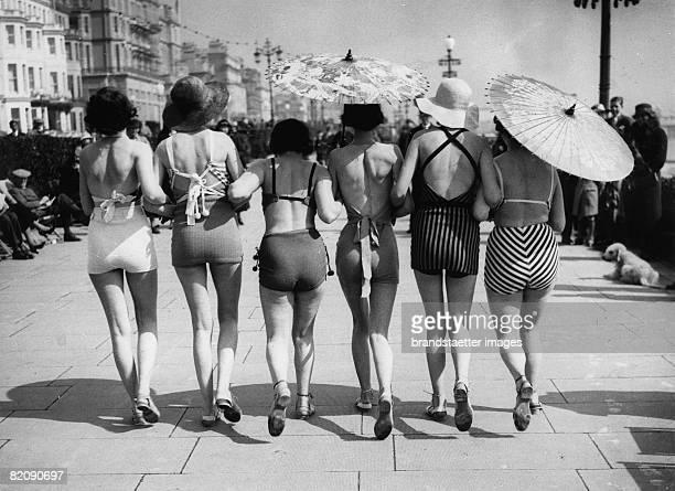 Women in swim suits on the promenade in Eastbourne England Photograph41935 [Frauen im Badeanzug auf der Promenade in Eastbourne England...