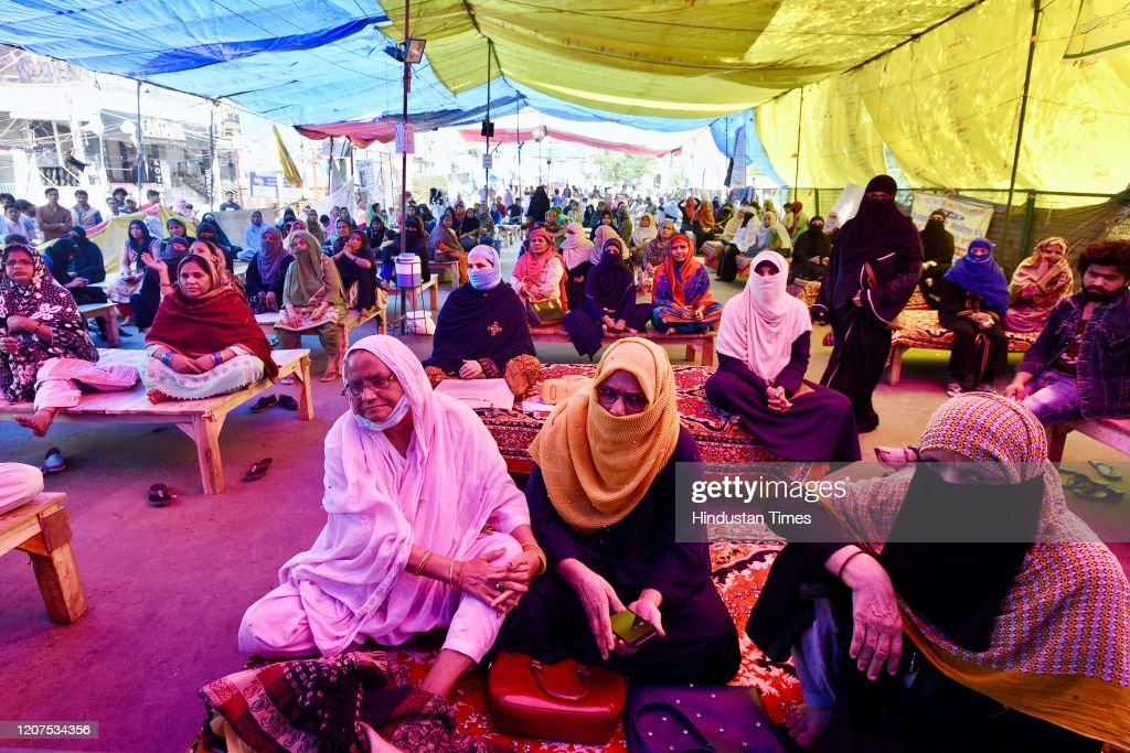 Shaheenbagh Protesters Refuse To Budge After Police Appeal To Call Off Agitation Amid Covid-19 Fears : News Photo