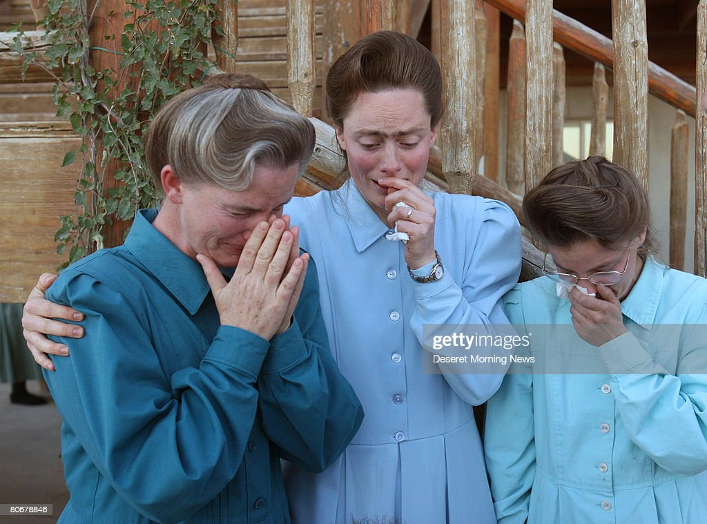 Authorities Remove Over 400 Children From Polygamous Compound : News Photo