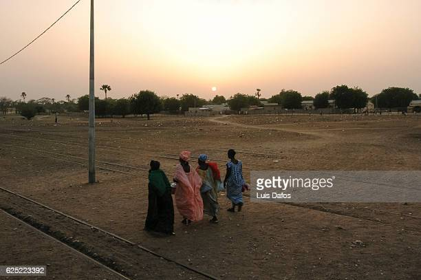 Women on Sahel landscape