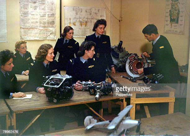 War and Conflict World War II Great Britain pic November 1942 ATA women ferry pilots being taught engine and aircraft theory