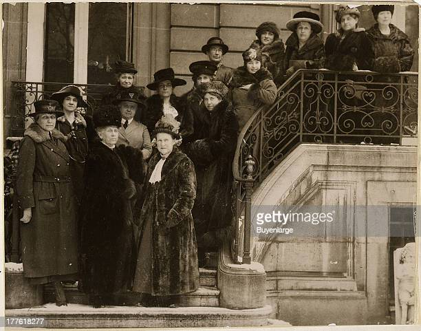 Women representing Allied Nations who called upon the President during his stay in Paris and asked to be given a place at the Peace Conference to...