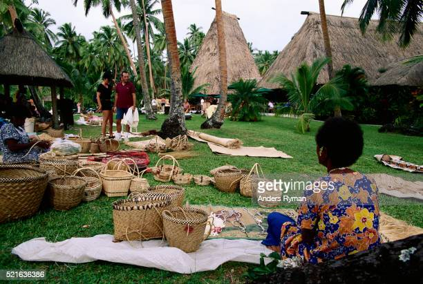 women selling baskets and handicraft - souvenir stock pictures, royalty-free photos & images