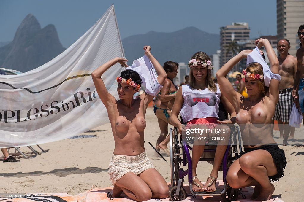 Topless brazilian protest — img 4