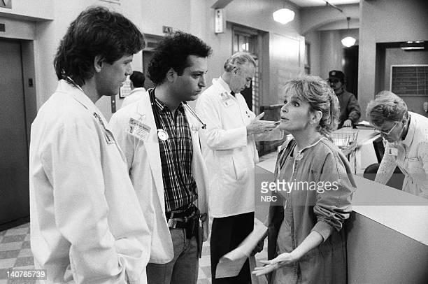 """Women Unchained"""" Episode 20 -- Pictured: Bruce Greenwood as Dr. Seth Griffin, Howie Mandel as Dr. Wayne Fiscus, Sagan Lewis as Dr. Jacqueline Wade --..."""