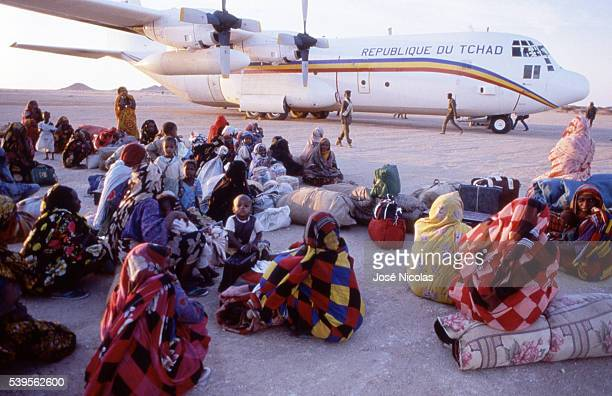 Women waiting to flee Chad, at the Faya-Largeau's airport.