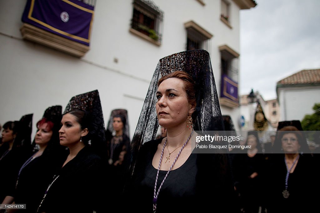 Penitents Celebrate Holy Week In Cordoba On Miercoles Santo : News Photo