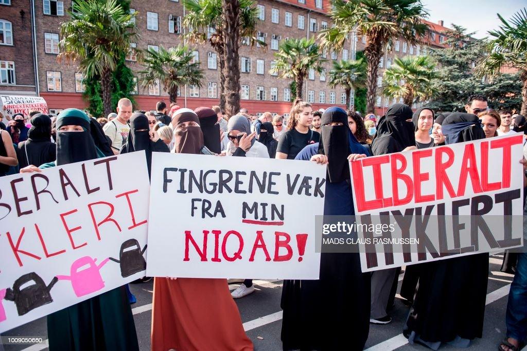 DENMARK-POLITICS-RELIGION-ISLAM : News Photo