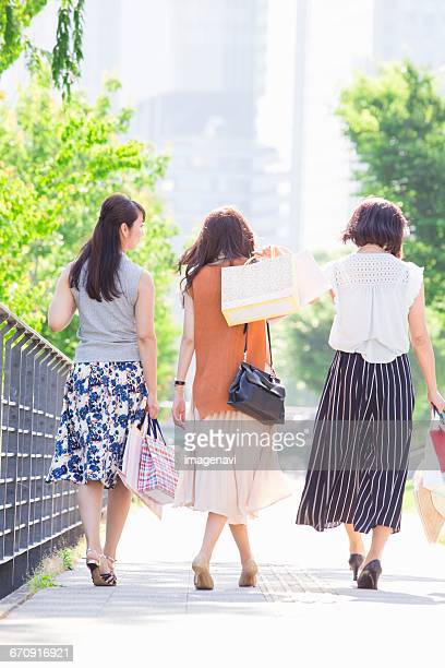 Women who have a shopping bag