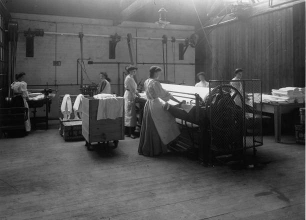 Women working at Carshalton Laundry.