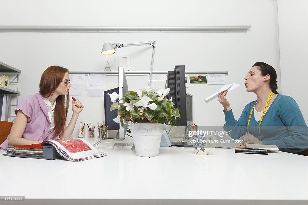 Women working in an office : Stock Photo