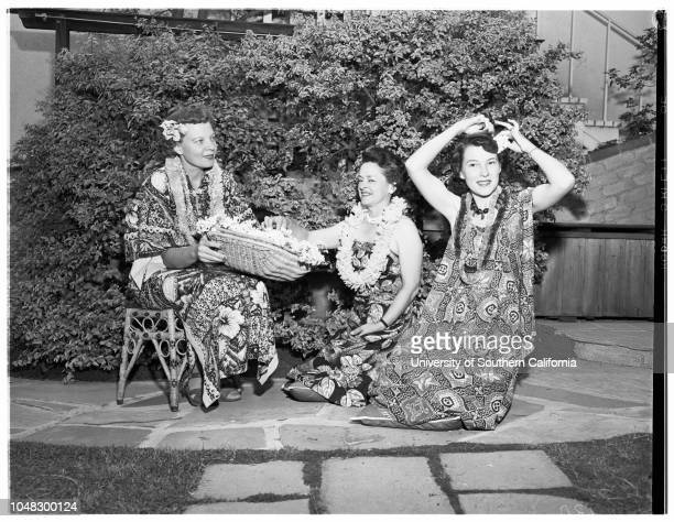 Women's Architectural League planning luau 16 June 1953 Mrs Arthur MannMrs AB GallionMrs Charles M Grant Caption slip reads 'Photographer Snow Date...