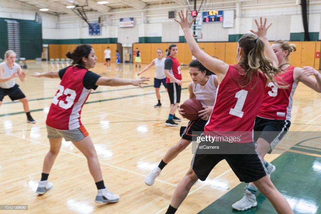 Women's college basketball practice : Stock Photo