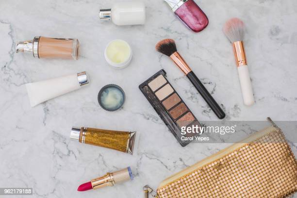 women's fashion. black handbag, makeup brushes on white background. flat composition. magazines, social media. top view. flat lay. - gray purse stock pictures, royalty-free photos & images