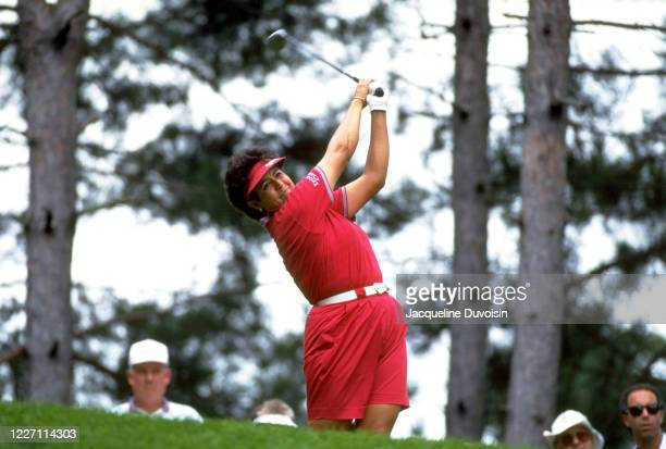 Women's Golf du Maurier Classic Nancy Lopez in action during Thursday play at Ottawa Hunt and GC Jacqueline Duvoisin