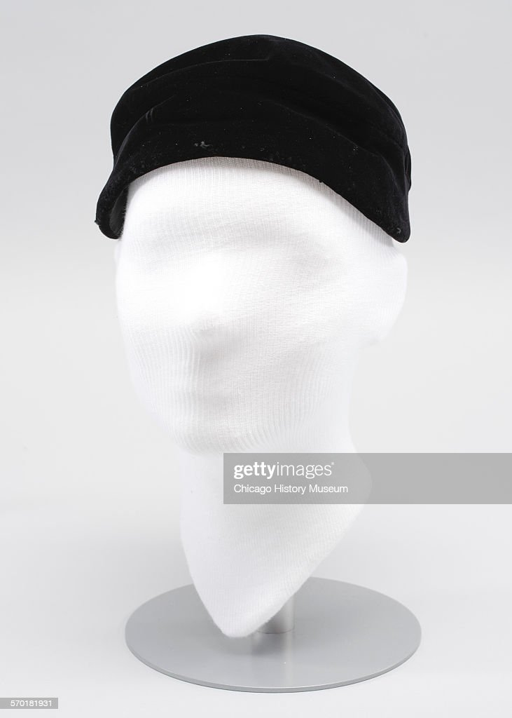 Women's hat worn by Bertha Palmer : News Photo