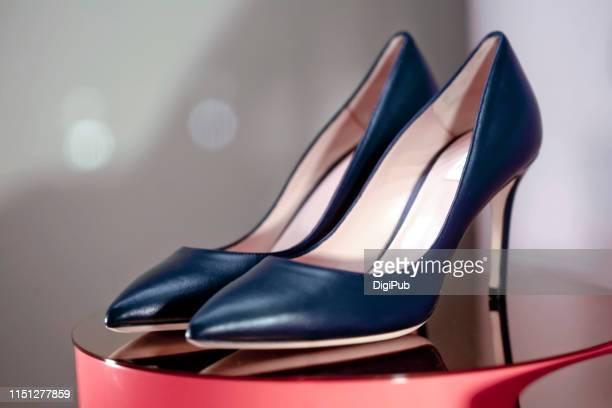 women's high heel shoes - レザー・シューズ ストックフォトと画像
