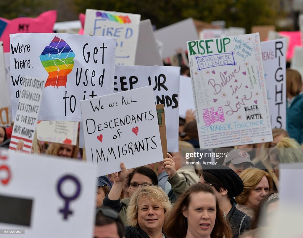 Women's march in Charlotte... : News Photo