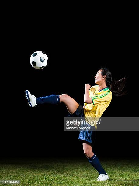 women's soccer - soccer competition stock pictures, royalty-free photos & images