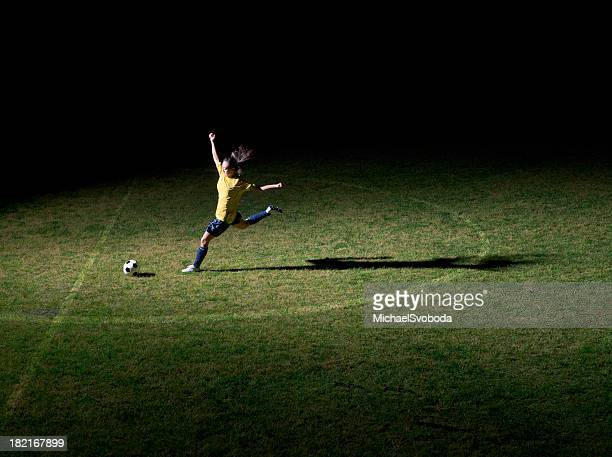 women's soccer - fifa world cup stock pictures, royalty-free photos & images
